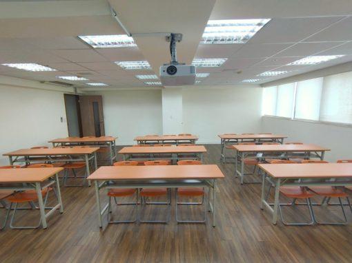 台中教室租借-台中三民教室-小教室 教室型 正面