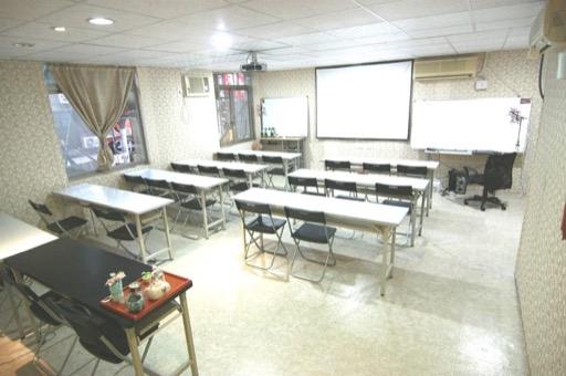 新北場地租借-府中站教室-教室型照5